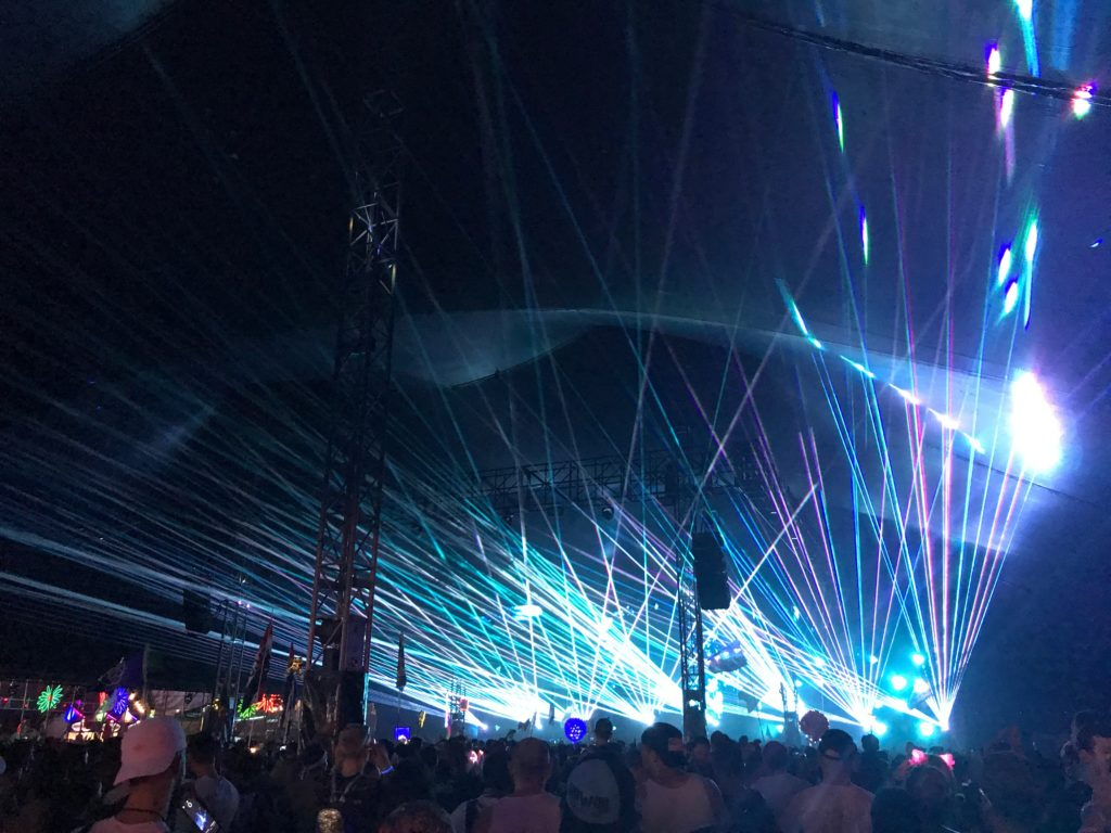Quantum Valley blasted out the sick lasers all weekend.